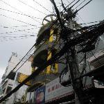 Kabel-Wirr-Warr direkt vor dem Luesthouse