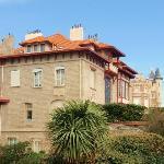 Vue sur la villa  Mira ~ Sol  & la Roche Ronde, Biarritz