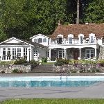 Rowena's Inn, Pretty Estate Resort. © Photos by Pharos 2012