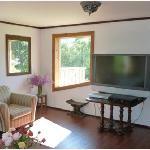 Living room in Hammond B3 Suite