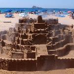 castillo de arena playa de levante