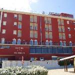 Photo de Hotel Blumen