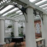 verandah/ outside dining area