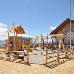 Corones Hütte im Sommer
