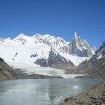 Vista Cerro, Glaciar y Laguna Torre