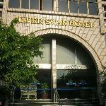 โรงแรม ซิลเวอร์สวอน
