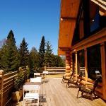 la terrasse pour les petits déjeuners et les bains de soleil au calme!