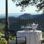 Ristorante La Rosina overlooks Valle San Floriano
