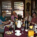 Breakfast at Cowslip's Belle with friends