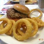 Single steak burger