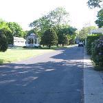 U driveway