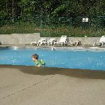 Blitzen Pool