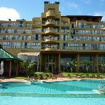 Hotel desde los jardines