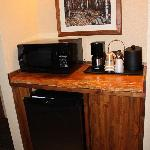 Microwave and Kitchen amenities