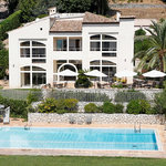 Villa St Maxime and pool