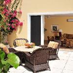 Courtyard Suite - 1 or 2 bedrooms