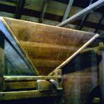 Part of the threshing machine to separate dried shrimp from its shell