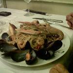 langosta con fideos al fruto di mare