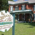 The Nauvoo Grand Bed & Breakfast Entrance