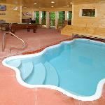 Private swimming pool cabins