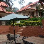 Sit out at the honey pot home ..... best place to enjoy your breafast
