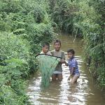 kid enjoying fishing in Syntu Ksiar on Myntdu River
