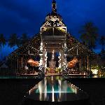 Hotel Tugu Lombok - Bale Kokok Pletok Restaurant with Pool 1