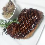 12 oz Sirloin, From Kellys Butchers In Newport, With Mushroom Sauce
