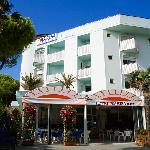 Hotel Marisa Foto