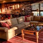 EllicottVillas Living Room