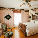 Beautiful Ara's Room