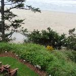 Seating area on grounds overlooking the cliff and beach area