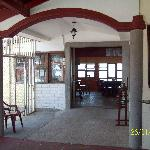 Main entrance / Entrada principal