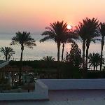 منظر شروق الشمس من شرفة الغرفه (عماد سرحان الاردن)