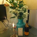 lovely gesture, flowers, bubbly and little note x