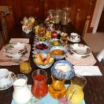 Breakfast Table, note, 8 Jam's and 7 different Honey Pots