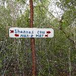 Sign posts on the trek to Man-O-War