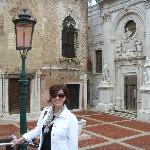 Debbie in Campo de l'Abazia close by Casa Baseggio