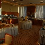 Buffet Breakfast Area / Restaurant