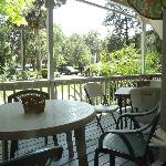 outdoor seating option