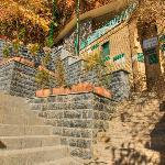 Chak Chak: approaching the grotto