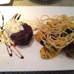 filet steak, pepper sauce... balicious