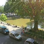 Vista sul canale Saint Martin dalla mia camera.