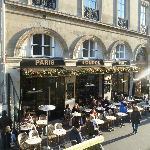 Photo de Paris London Cafe