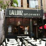 1327 Rue Sainte-Catherine Est