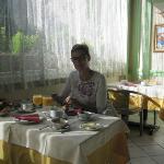 Breakfast / dining room