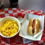 Kids Mac n cheese and hot dog
