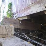 building balanced on this beam