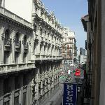 View from our window over Calle San Jeronimo (Street)/ Vista do quarto sobre a Calle de San Jero
