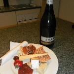 Complimentary wine, cheese and fruit platter (Indulgence Package)
